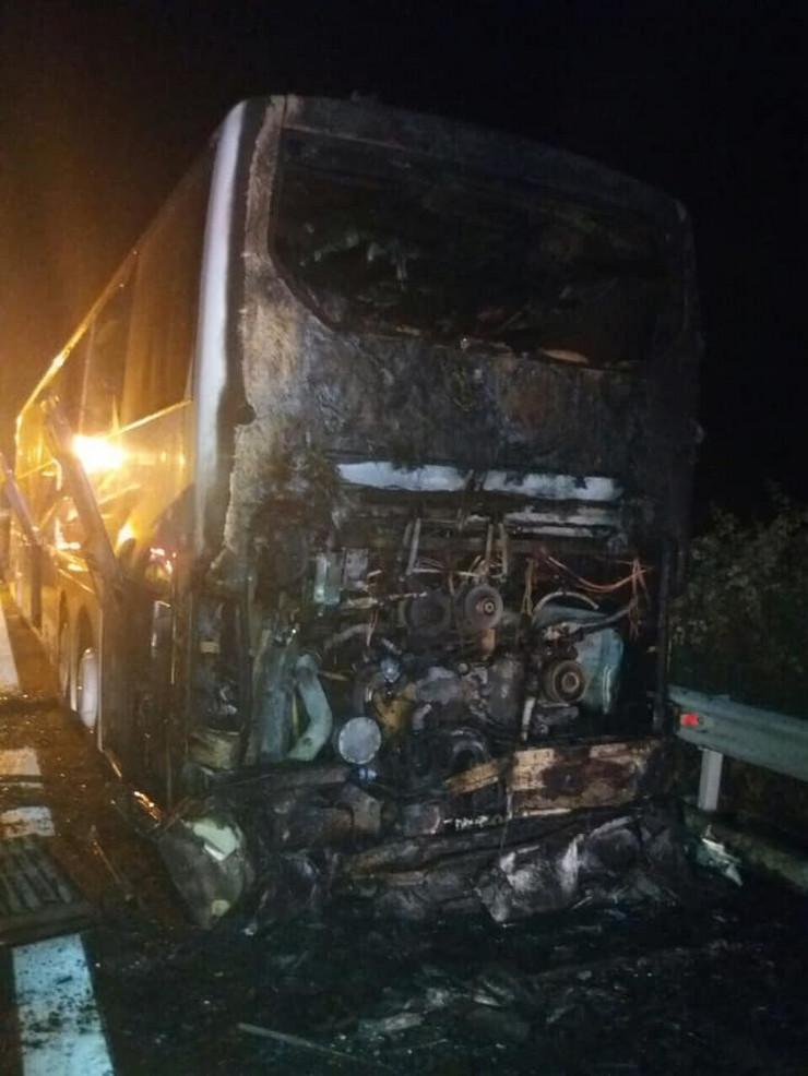 požar grčka gori autobus srpski turisti