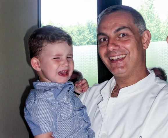 Milenin sin Vasilije i Ivan Marjanovic vaslukarni hirurg VMA