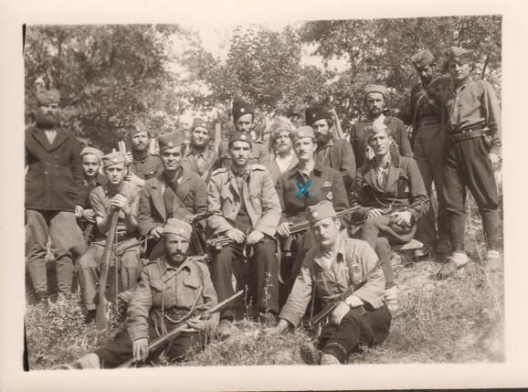 Miloš Gagić komanduje Župskom brigadom Rasinskom korpusa (obeležen sa