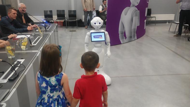 Pomocny i sympatyczny robot. Prezentacja Weegree One w Opolu