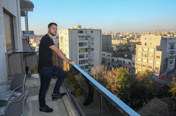 Stefan Živojinović - na gajbi kod