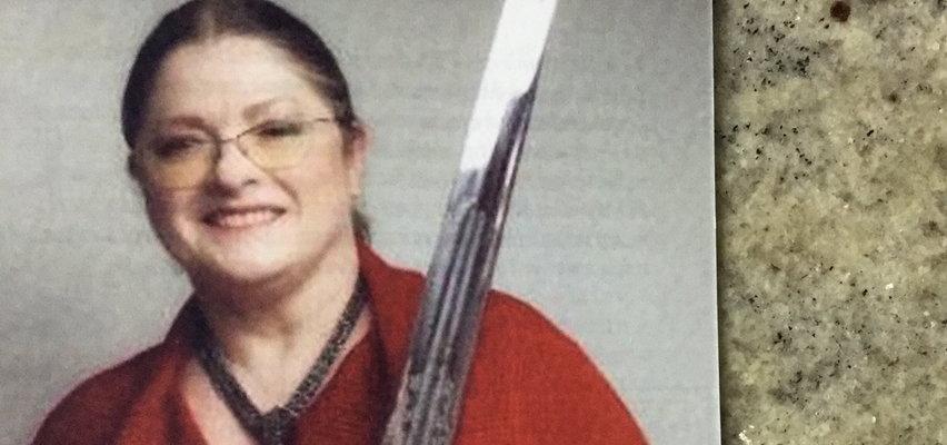 """Pawłowicz pokazała wielki miecz i dodała: """"bez podtekstów"""""""