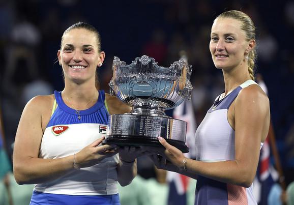 Timea Baboš i Kristina Mladenović