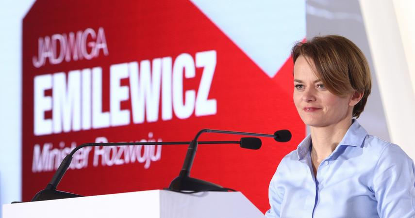 Minister Emilewicz zapowiada duży pakiet proinwestycyjny dla firm, w tym ulgi podatkowe