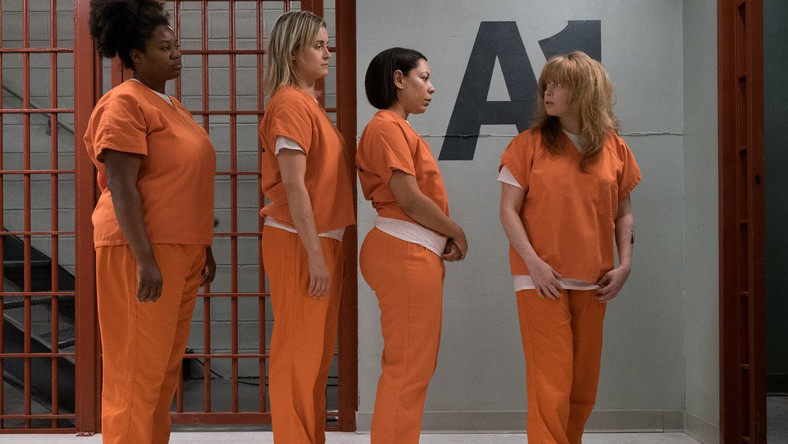 "Kadr z serialu ""Orange Is the New Black"""
