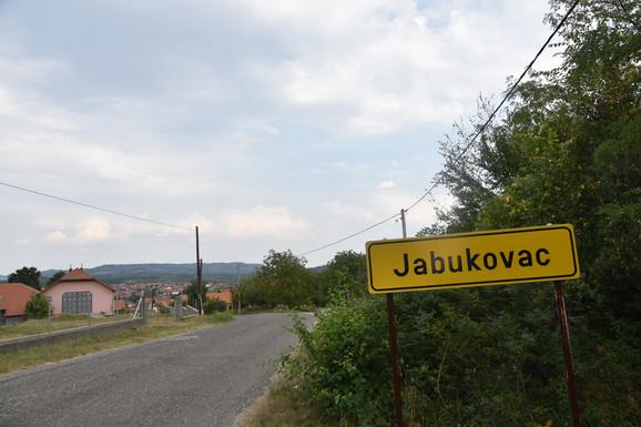 Davor P. Jabukovac kuca
