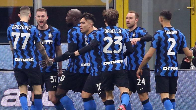 Piłkarze Interu pokonali Atalantę Bergamo EPA/MATTEO BAZZI Dostawca: PAP/EPA.