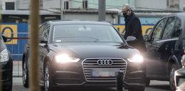 Tak minister Niedzielski podwozi żonę do pracy. FOTO