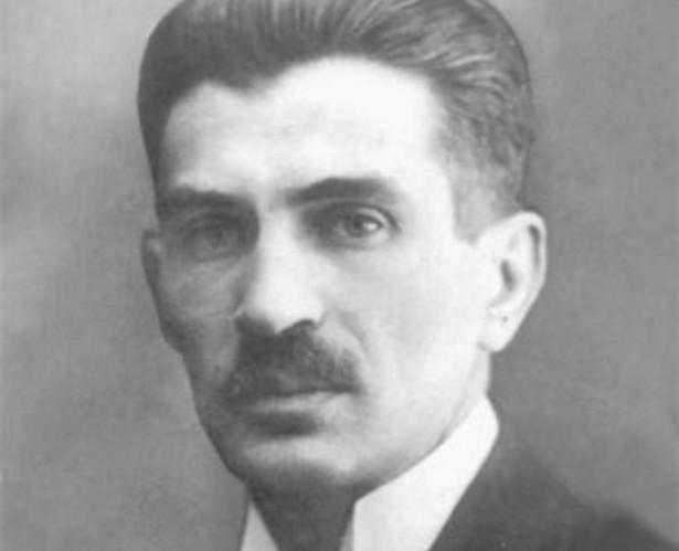 1 września 1939 r. był w grupie polityków, która zamierzała przedstawić prezydentowi Ignacemu Mościckiemu propozycję powstania rządu jedności narodowej. Dwa dni później gen. Władysław Sikorski zaproponował Ratajowi ewakuację do Lwowa i objęcie w przyszłości funkcji premiera. Polityk PSL odrzucił ten pomysł i pozostał w kraju.