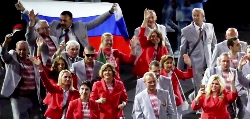 Paraolimpiada Rio 2016: Andrej Fomoczkin niósł rosyjską flagę. Będzie miał kłopoty