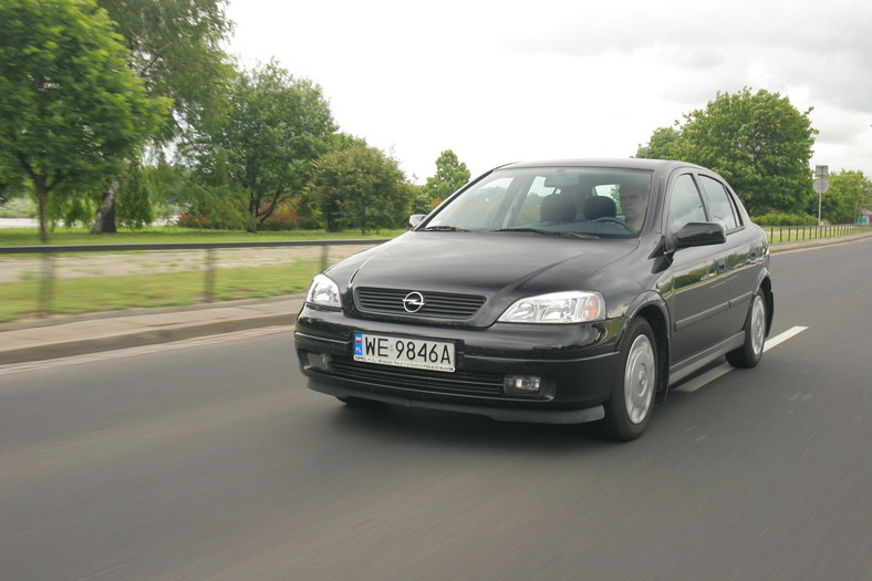 Opel Astra – asterix