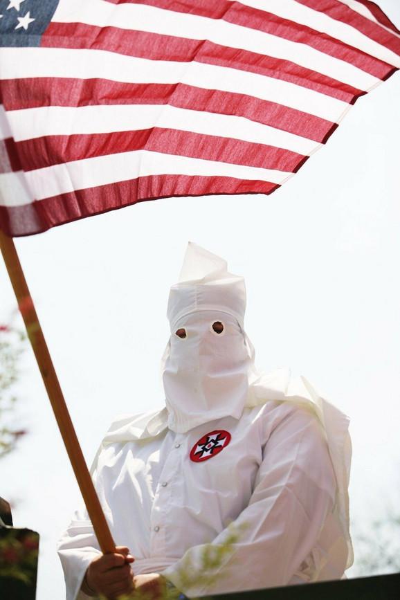 Mladi beli supremacisti žele moderniji izgled