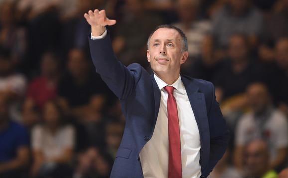 Trener Zvezde Milan Tomić