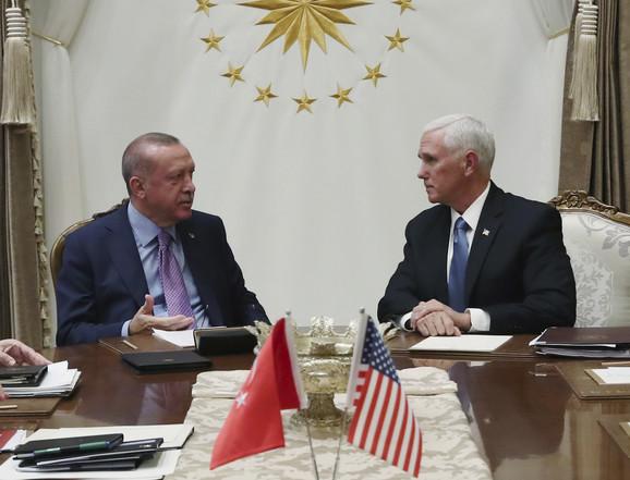 Majk Pens i Redžep Tajip Erdogan u Ankari
