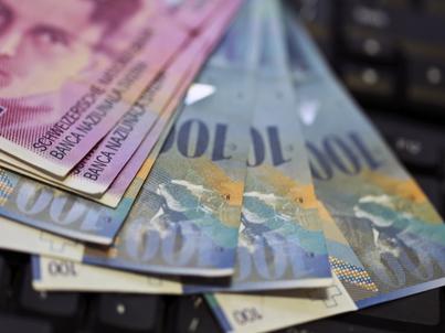 Obecnie łączna kwota pożyczek mieszkaniowych we frankach szwajcarskich wynosi 114,03 mld zł