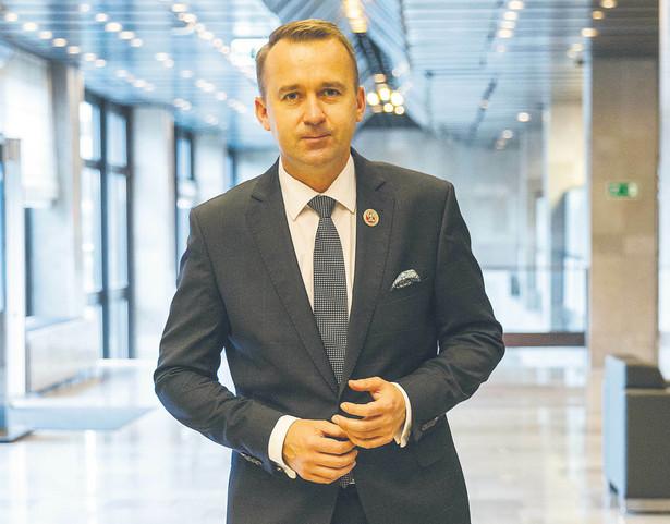 Michał Cieślak, minister bez teki w rządzie Mateusza Morawieckiego odpowiedzialny za kontakty z samorządami.