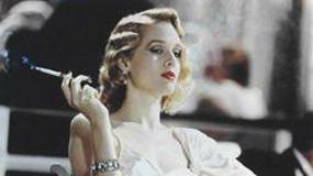 Ambitna blondynka Penelope Ann Miller