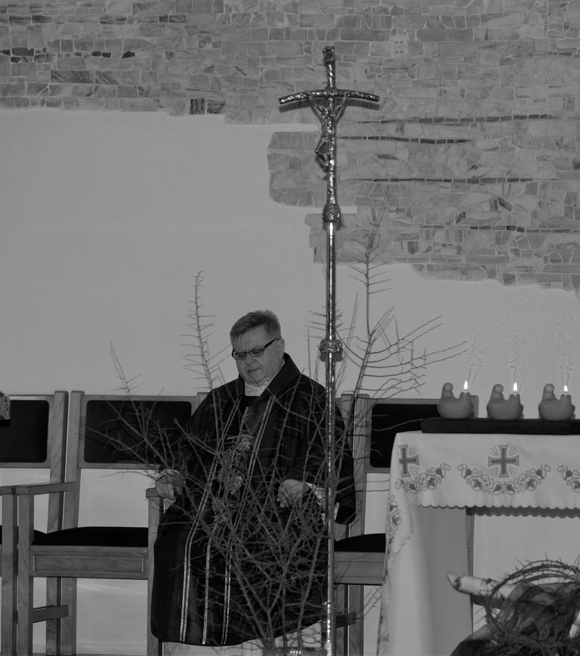 Ks. Roman Kopacz w parafii w Drwini