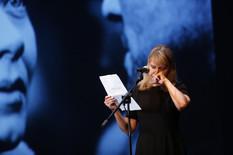 ANICA DOBRA PLAČE Izašla na binu i jedva dovršila potresni govor o Mileni Dravić (FOTO)