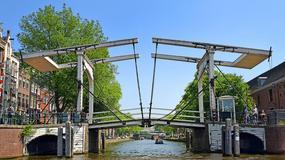 W Amsterdamie z powodu upałów nie działa część mostów zwodzonych