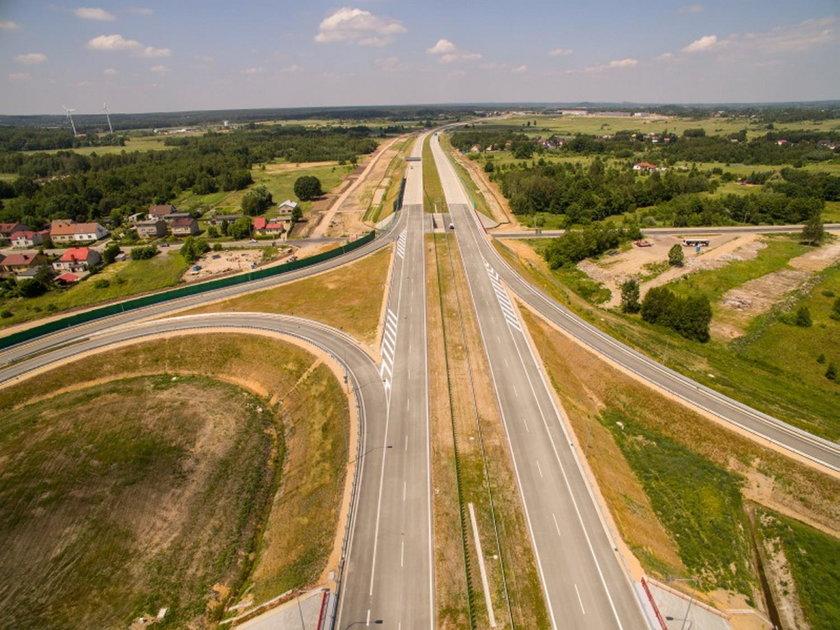 Rząd zdecydował. Koniec budowy autostrad w 2025 roku