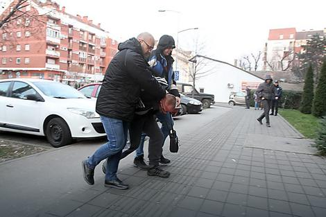 PRIVOĐENJE:Inspektori privode Josića u PU Novi Sad