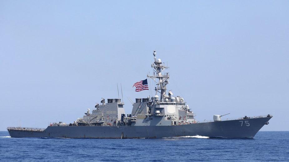 Amerykański niszczyciel USS Donald Cook