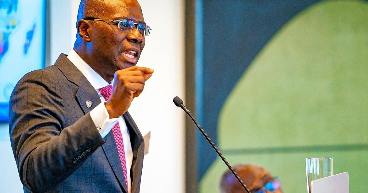 Residents of Nigeria's megacity lament 7 hour commute home due to bad roads, but should their ire be directed at Governor Sanwo-olu? - Pulse Nigeria