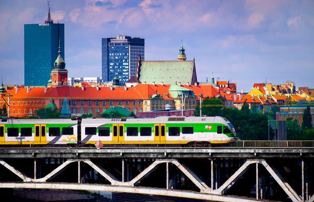 Fot. 4. Flirt na moście średnicowym w Warszawie
