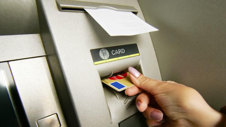 Unia nie pozwoli wypłacić fortuny z bankomatów
