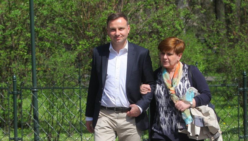 Czy Kaczyński udźwignie laskę?