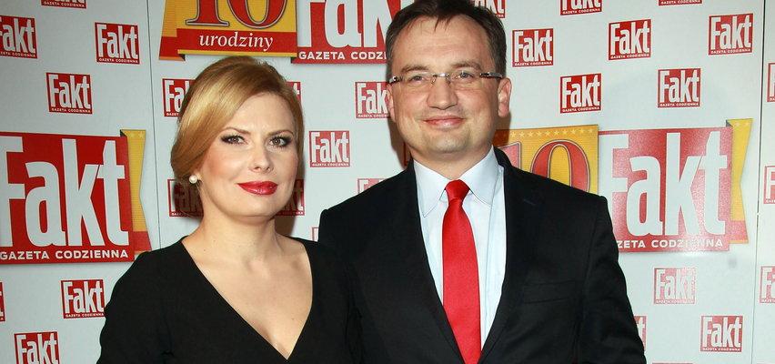 Co za zmiana! Żona Zbigniewa Ziobry nie jest już blondynką. Jak teraz wygląda? ZDJĘCIA