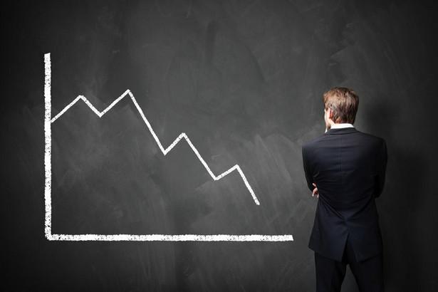 W pierwszych trzech kwartałach tego roku wśród prawie 8,3 tys. firm przemysłowych prowadzących księgi rachunkowe i zatrudniających co najmniej 50 osób, 1729 przedsiębiorstw było deficytowych – wynika z najnowszych danych GUS. Liczba jest podobna jak w tym samym okresie ubiegłego roku, chociaż tegoroczne wyniki gospodarki są lepsze niż te z 2017 r.