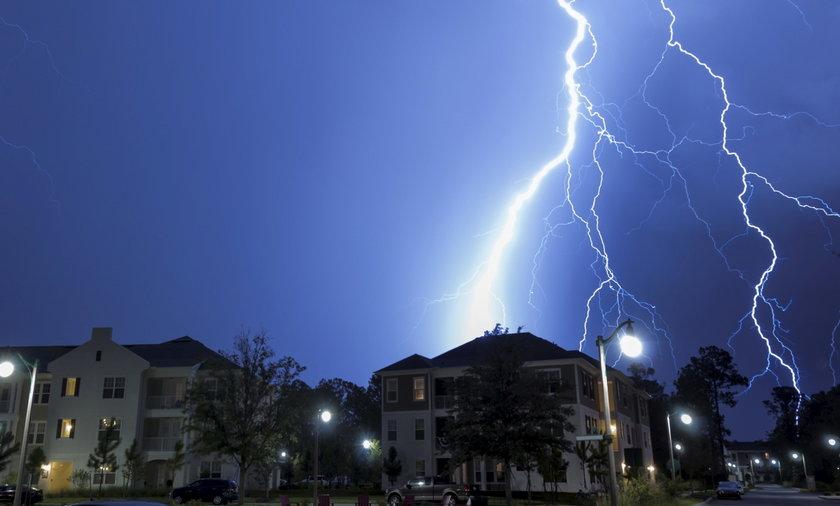 pogoda burza 123RF