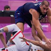 """MEGA DRAMA I VELIKA POBEDA SRBIJE! Basketaši dominiraju, slavili i u drugom meču na Olimpijskim igrama """"uz tuču"""""""