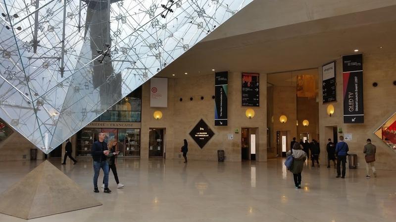 Samsung QLED i The Frame - światowa premiera najnowszej linii telewizorów przed Luwrem