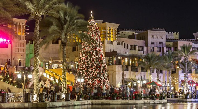 5 destinations that come alive during Christmas
