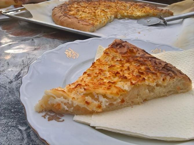 Mekana, sočna, preukusna - Ovu pitu morate da probate!