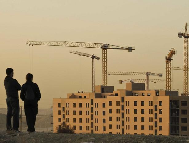 W stolicy w lipcu po raz pierwszy od ponad dwóch lat średnia cena metra kwadratowego mieszkania spadła poniżej 9 tys. zł