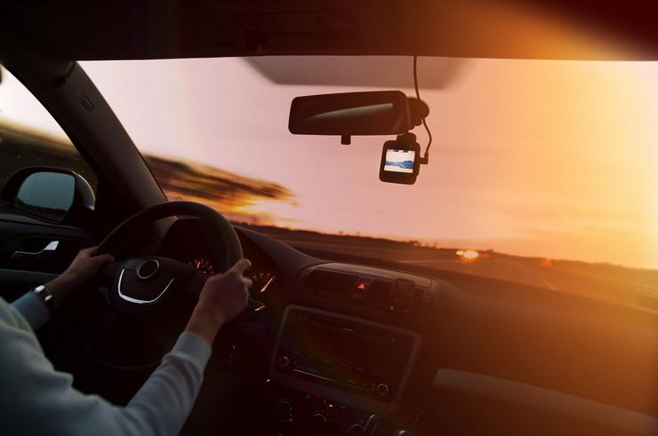 Kamera u autu