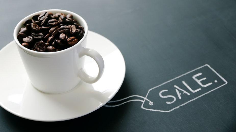 Black Week: najlepsze promocje na ciśnieniowe ekspresy do kawy
