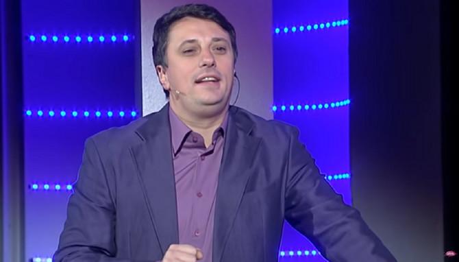 Andrija Milošević kao voditelj emisije