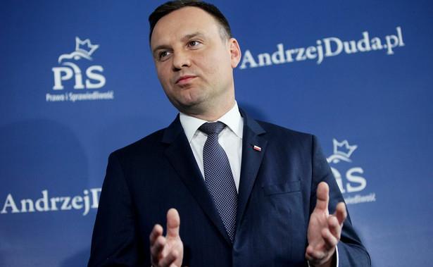 """""""Pan prezydent wielokrotnie to podkreślał, że bardzo silnie oczekuje od większości parlamentarnej, żeby się tymi sprawami zajęła, w szczególności kwestią związaną z ustawą frankową"""" - powiedział Spychalski."""