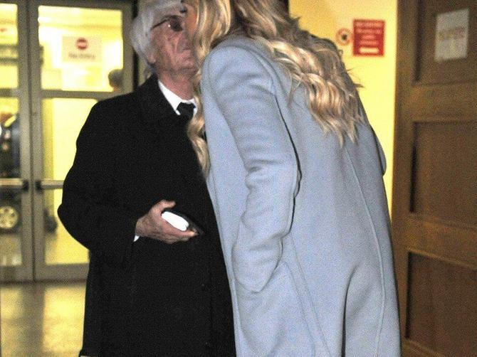 Ćerka Bernija Eklstona u centru najskupljeg razvoda u Britaniji: Od milijardi se vrti u glavi, ali i od OVAKVOG STAJLINGA