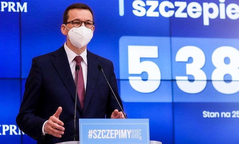 Rząd nie wyklucza żadnej opcji w kwestii epidemii koronawirusa - także tej zakładającej wprowadzenie stanu nadzwyczajnego.
