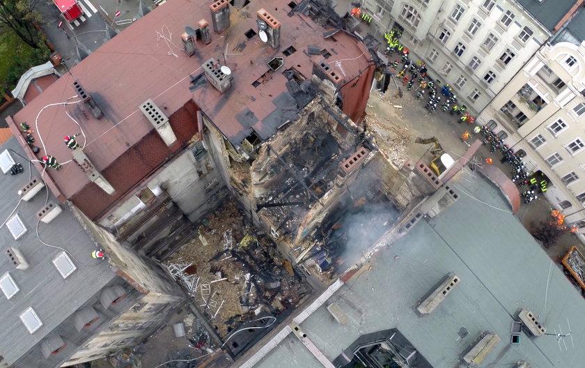 Zniszczone trzy piętra