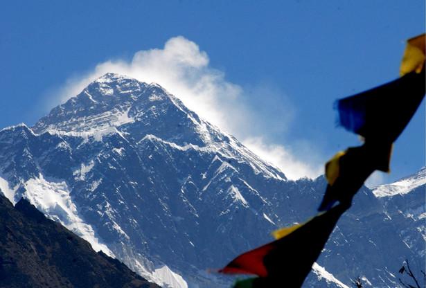 Jesień jest w rejonie najwyższej góry świata doskonałą porą na trekking.