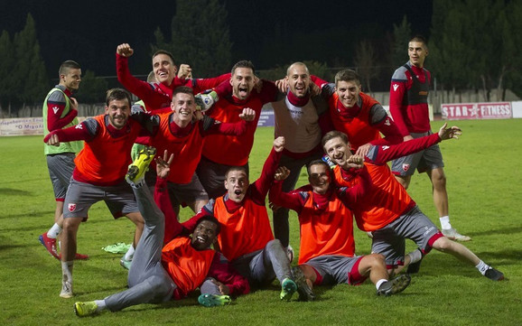 Fudbaleri Crvene zvezde na pripremama na Kipru