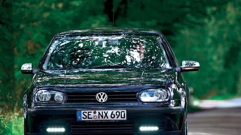 Zobacz, jak samodzielnie zamontować światła do jazdy dziennej