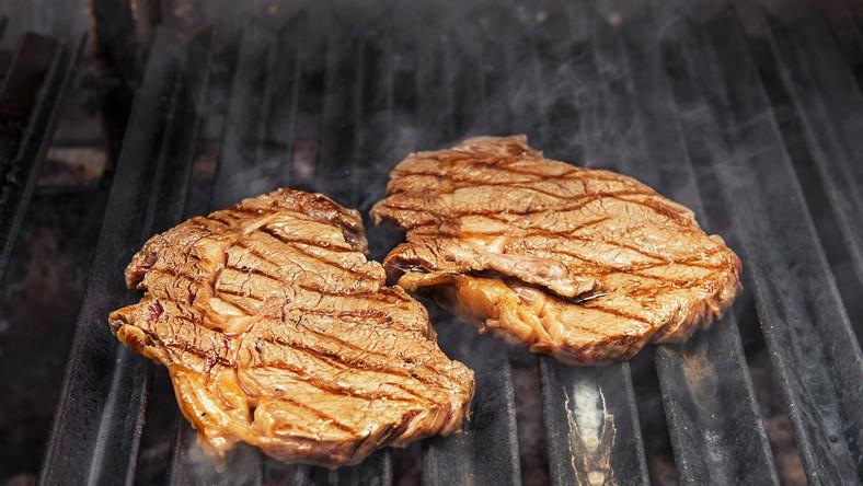 mięso grill